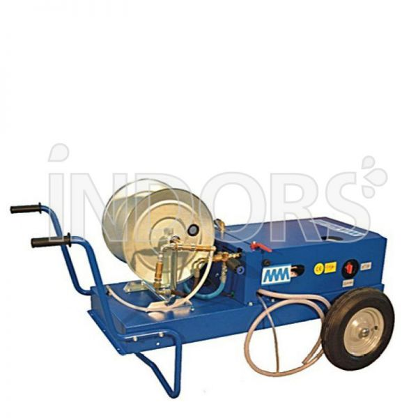 MM Hydro Pure Barrow - Macchina Lavaggio Pannelli Fotovoltaici