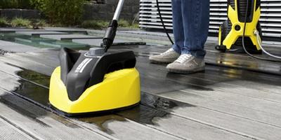 lavaggio pavimento con idropulitrice karcher
